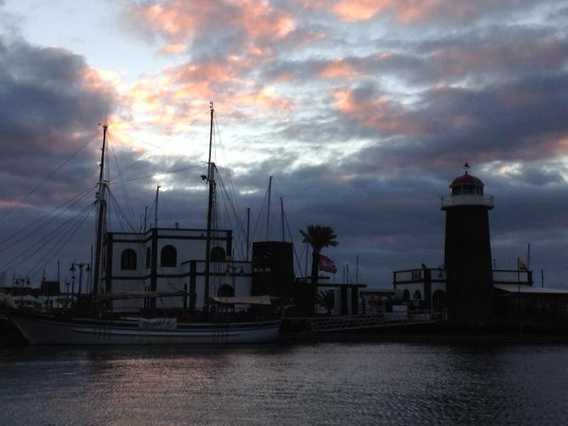 La marina au petit matin. Juste avant le départ.