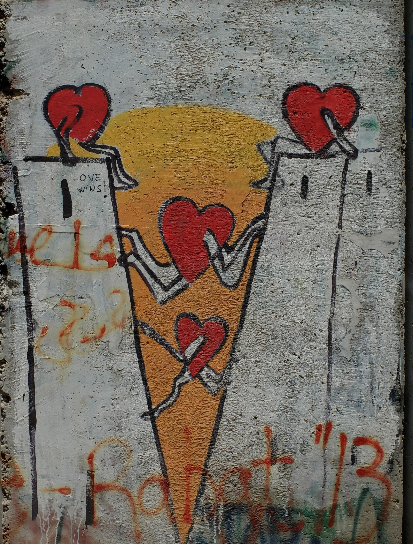 wall & love